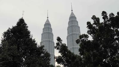 petronas-towers-kuala-lumpur-malaisie