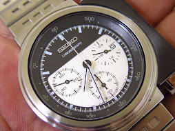 SEIKO CHRONOGRAPH ALIENS BLACK AND WHITE DIAL DESIGN BY GIUGIARO - LIMITED EDITION 0030 / 2000