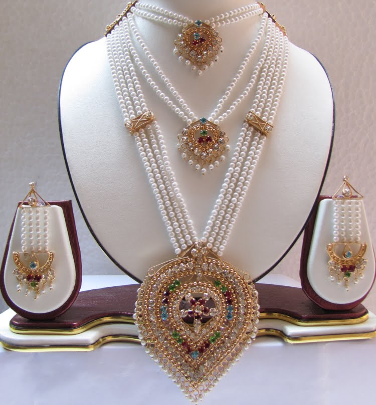 Rajputi Culture: Rajputi jewellery: Set of three necklaces ...
