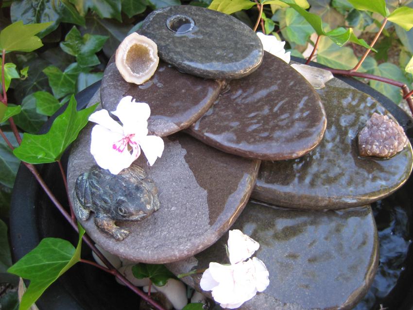 Marycot sonidos en el jard n for Fuentes de jardin baratas