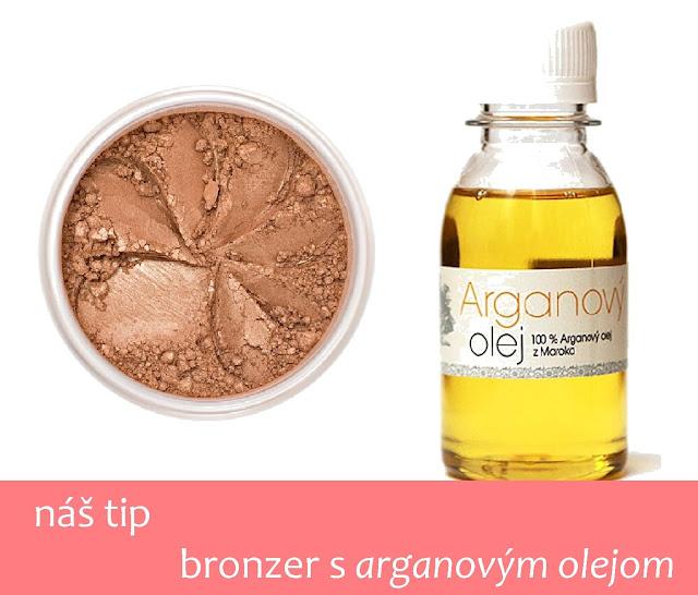 zmiešame arganový olej  a obľúbený bronzer