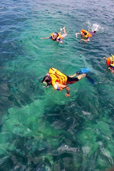 snorkeling di angsana