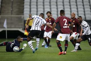 O público, apesar de recorde no Brasileirão, ainda é distante do recorde da temporada - e consequemente da história da Arena Corinthians, sem contar os jogos da Copa do Mundo: 40.744 pagantes para Corinthians 0x0 San Lorenzo (ARG), pela fase de grupos da Copa Libertadores.