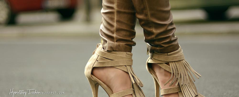 sandały z frędzlami na lato