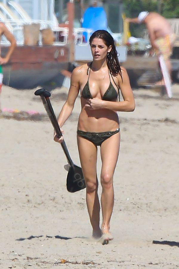 Ashley Greene Bikini Pictures - Sexy Leg Cross
