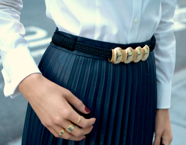 coated pleats and collar tips