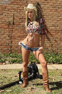 Amy Brooke 4