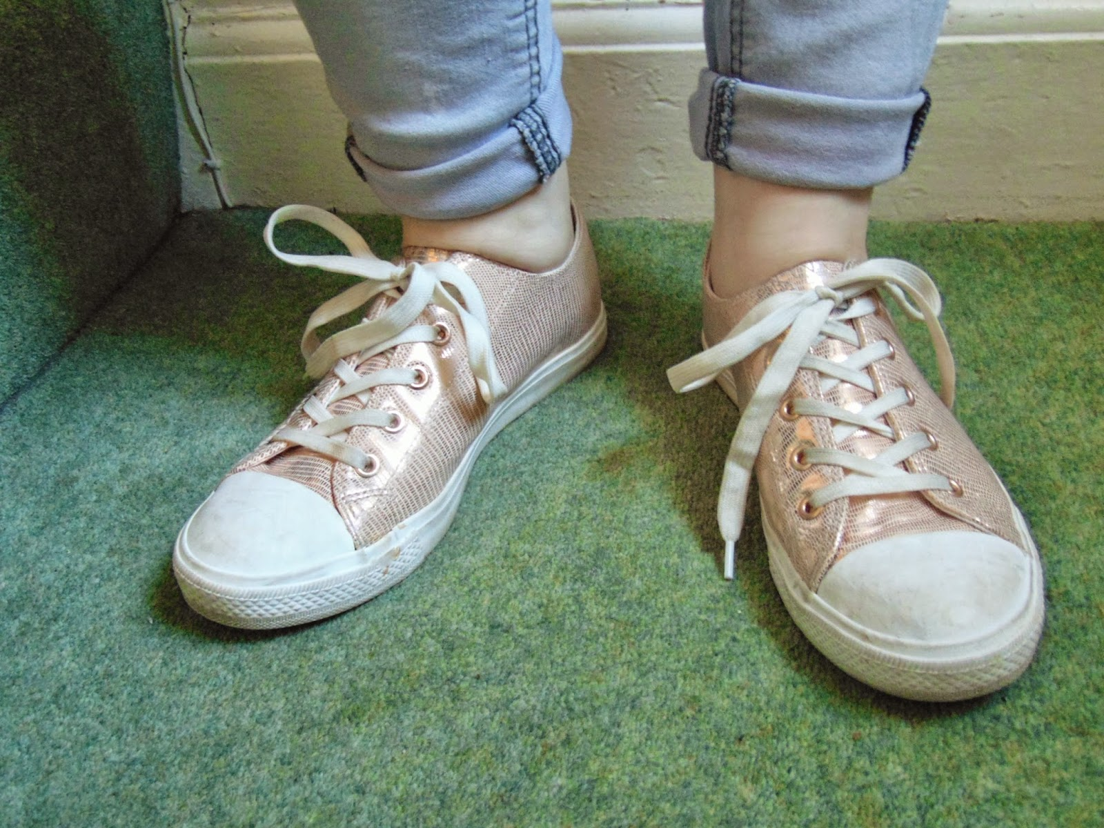 Put a spring in your step! sneakers rose gold new look