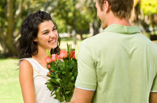 How to Impress Women on Very First DATE