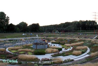 Detlefs notizblog emscherkunst lounge im bernepark bottrop for Piet oudolf pflanzen