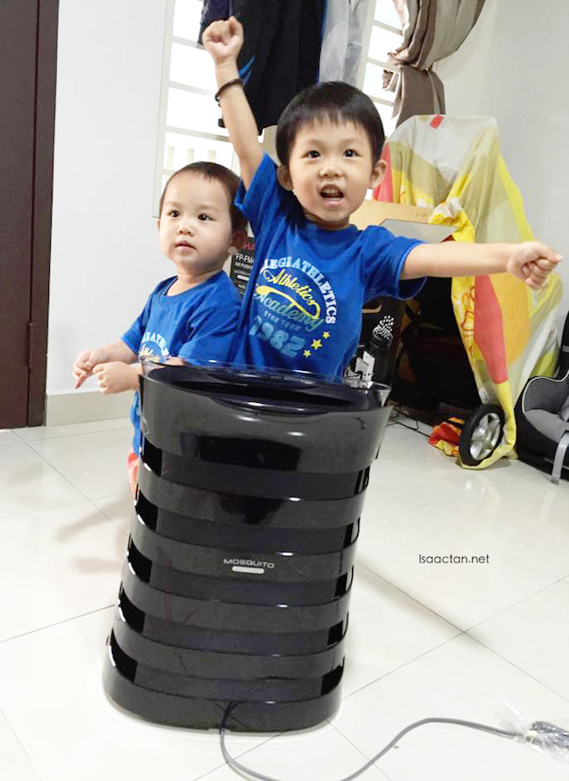 Baby Martin and Karlson happy with their new air purifier