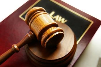 Undergraduate and Graduate classes to become a lawyer?