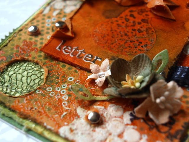 letter_ jet_ uni-ball Signo white_handmade flowers
