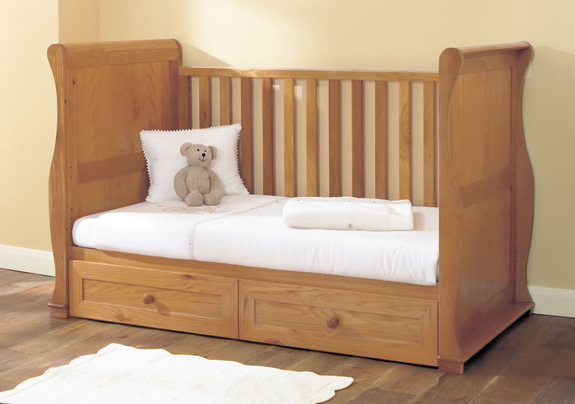 For sale new baby crib design hardwood made for Sale bedroom furniture in the philippines