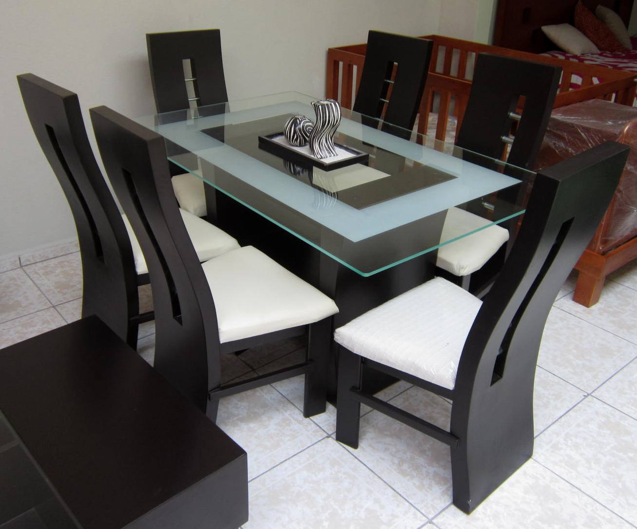 Muebles alvac for Sillas para mesa de cristal