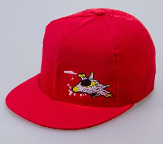 Gambar topi keren warna merah untuk anak