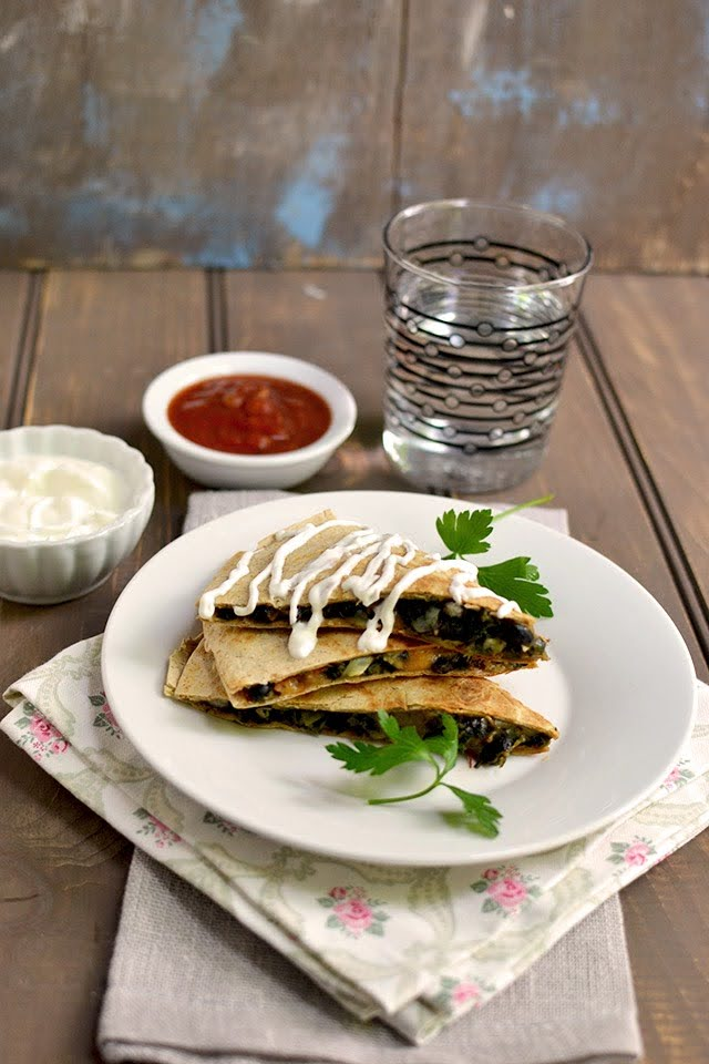Vegetarian Sincronizada (Quesadillas)