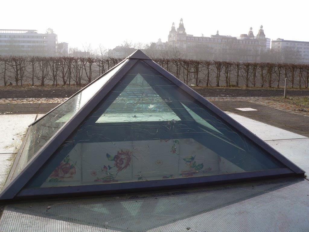 Deckel Dach Rehaklinik
