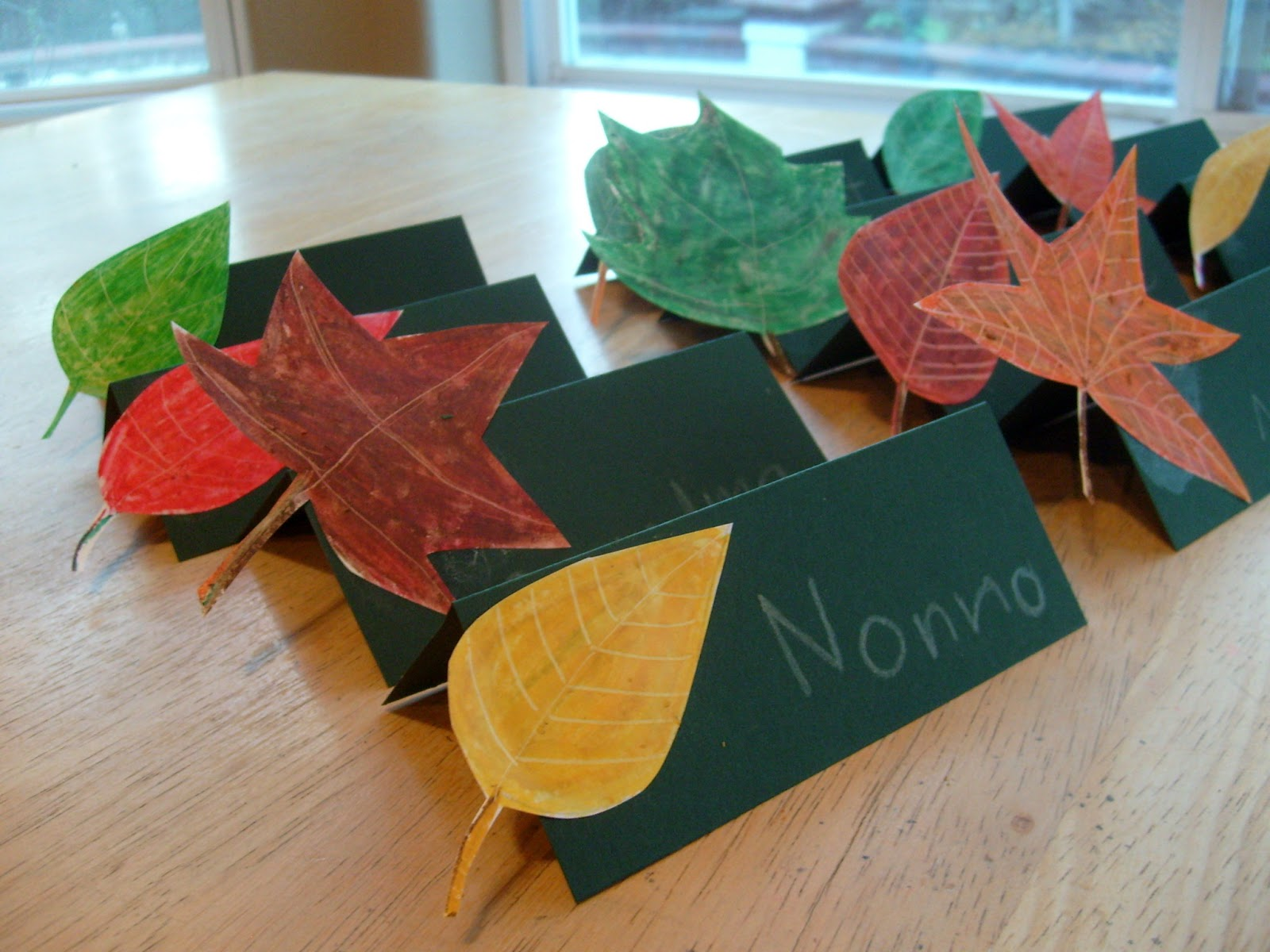 oil pastels leaves thanksgiving placecards for kids