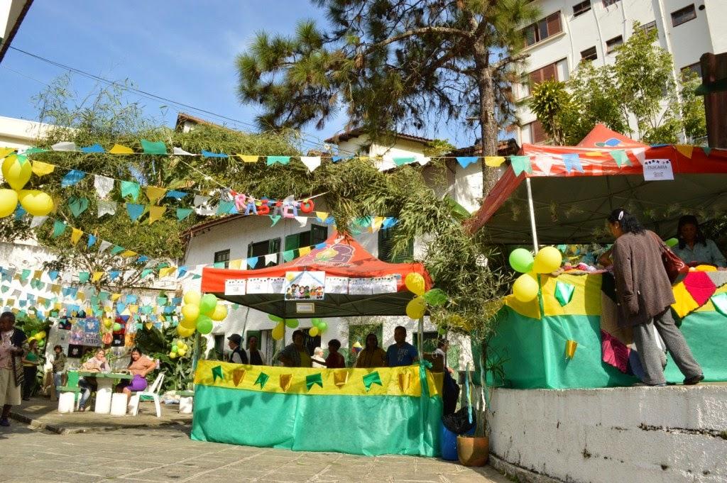 CRAS Alto realiza festa junina com tema de Copa do Mundo