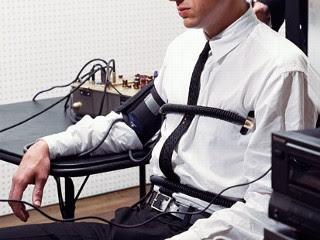 Asal Usul Dan Cara Kerja Alat Pendeteksi Kebohongan (lie Detector) [ www.BlogApaAja.com ]