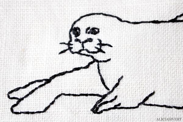 aliciasivert, alicia sivert, alicia sivertsson, mink, minkar, säl, sälar, seal, saksamlarpåse, saksamlarpåsar, pennskrin, pennfodral, broderi, hantverk, handarbete, textil, återburk, embroidery, needlework, handicraft, craft
