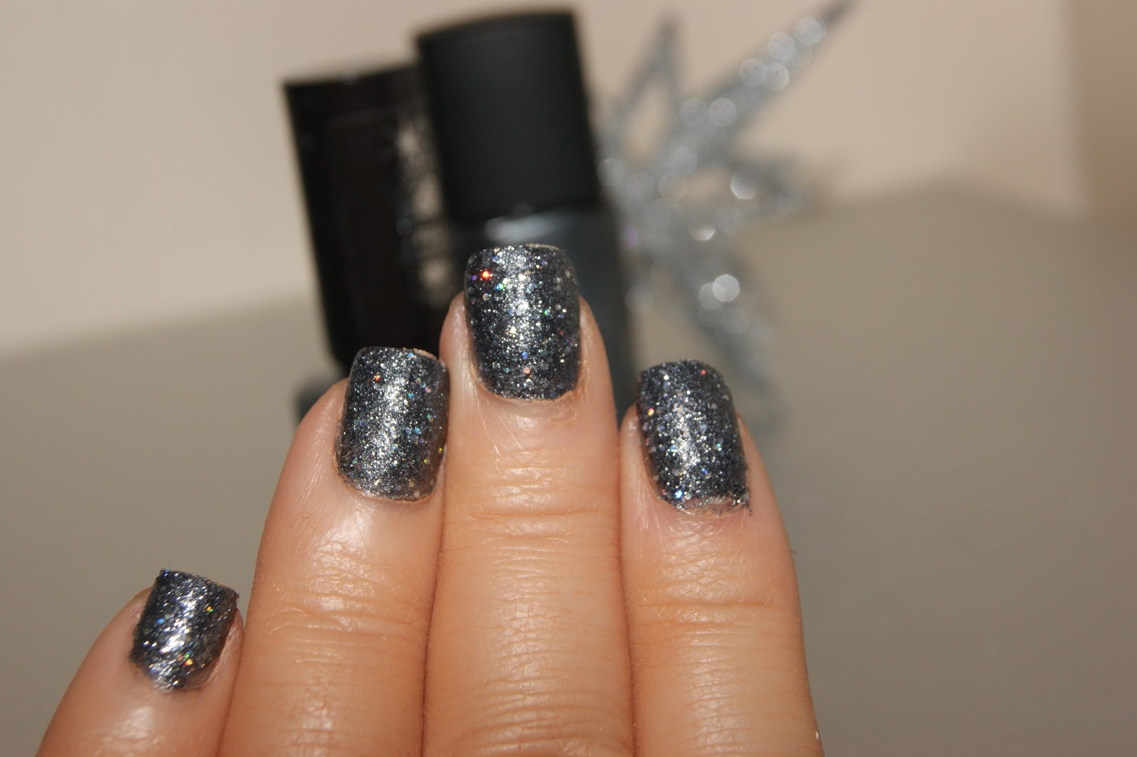 Rimmel Precious Stones in Diamond Dust - Review | The Sunday Girl