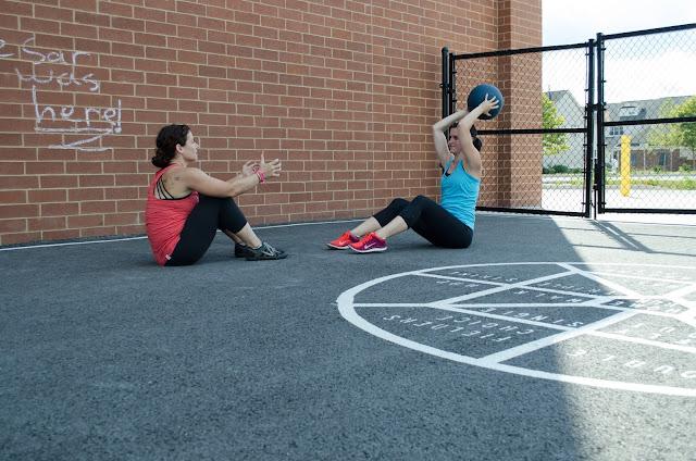partner workout, workout, buddy workout, Acacia TV, ab workout, abdominals, abdominal workout, sit up toss