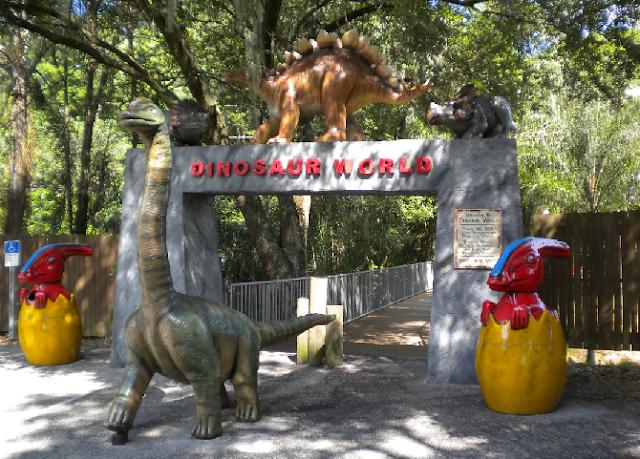 Parque Mundo dos Dinossauros em Orlando