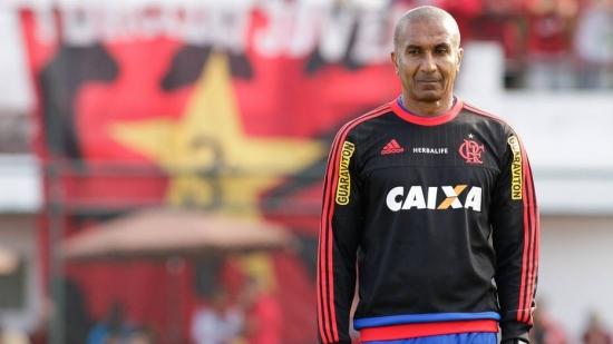 Cristóvão Borges diz ser vítima de racismo no Flamengo