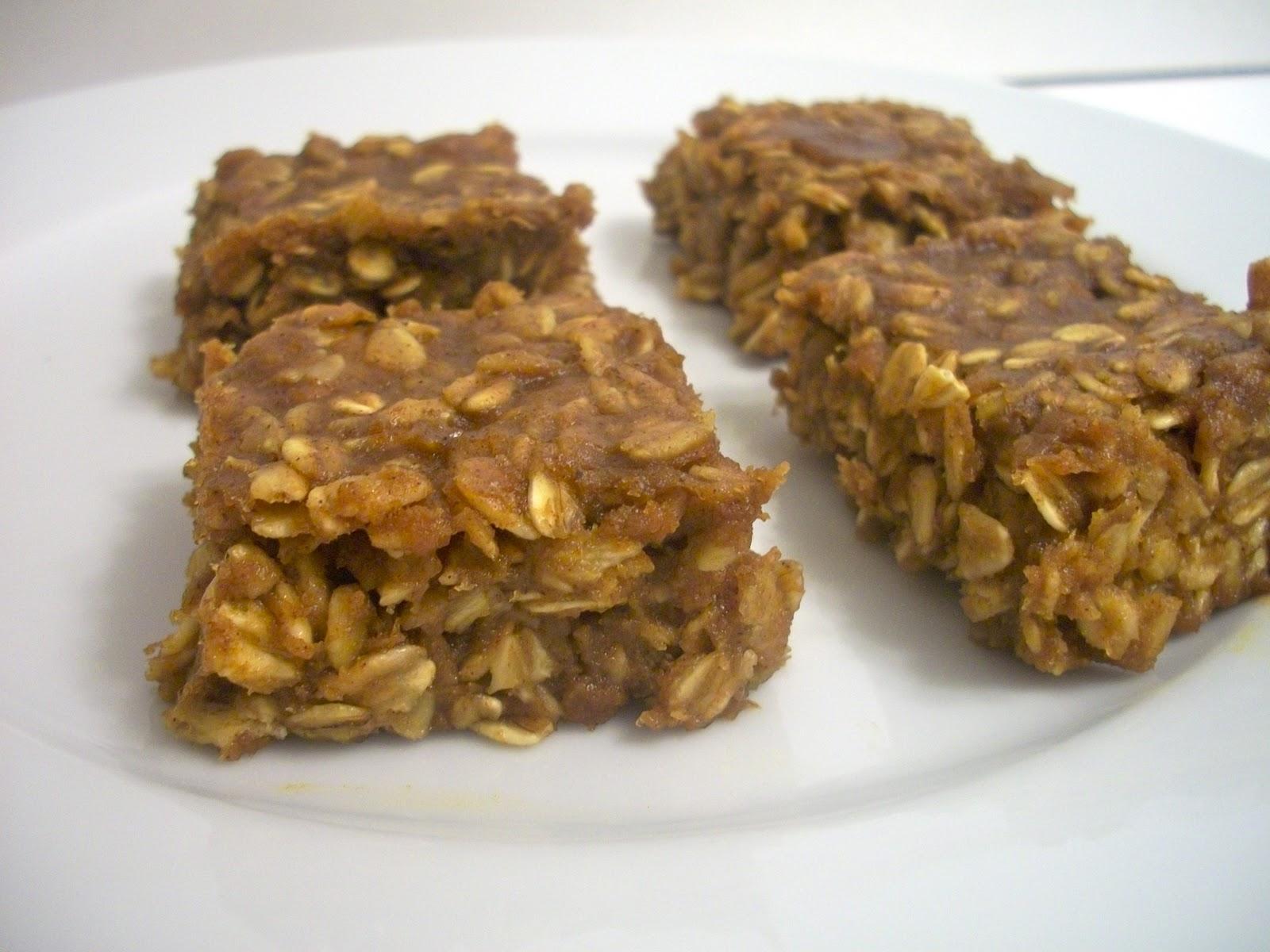 Brooke Bakes : Pumpkin Peanut Butter Oatmeal Bars
