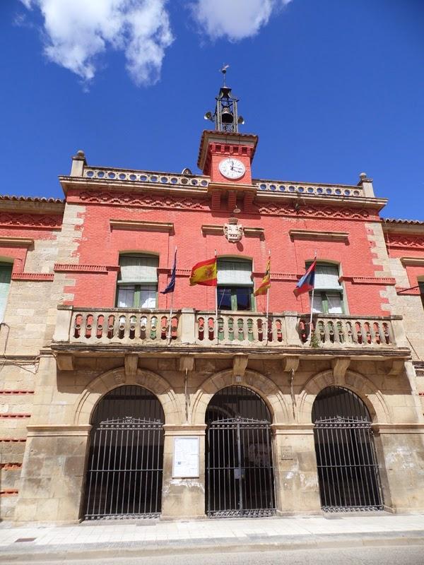 Baños Termales Ninos:Alhama de Aragón Ayuntamiento La Casa Consitorial, del siglo XIX