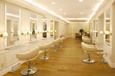 Moncho Moreno estilista abre una lujosa peluquería en Madrid
