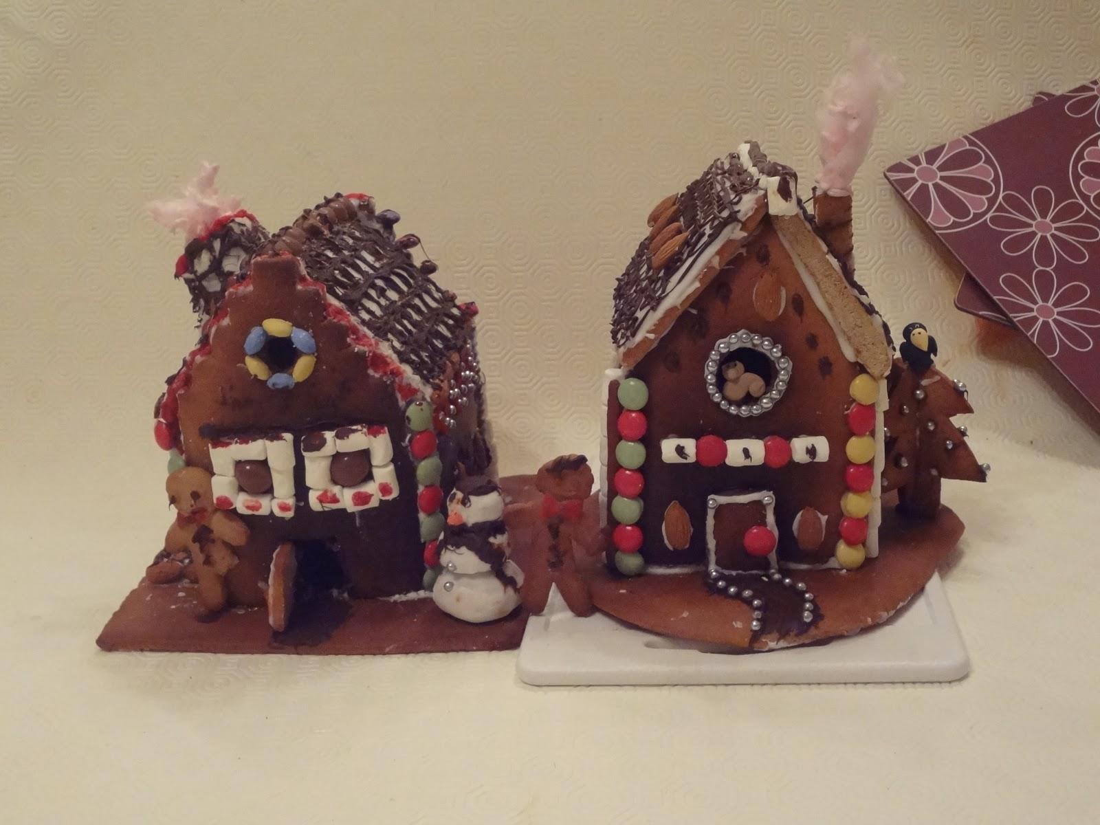 Dailynoted: DIY: Annemarieke bouwt een huis van snoep!