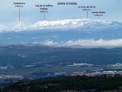 La serralada pre-pirinenque des de dalt el Puigsoler
