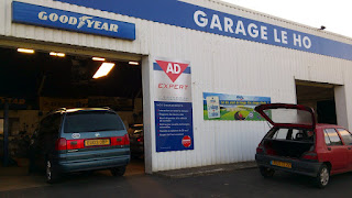 Brittany Garage, fortunately open on a Saturday morning