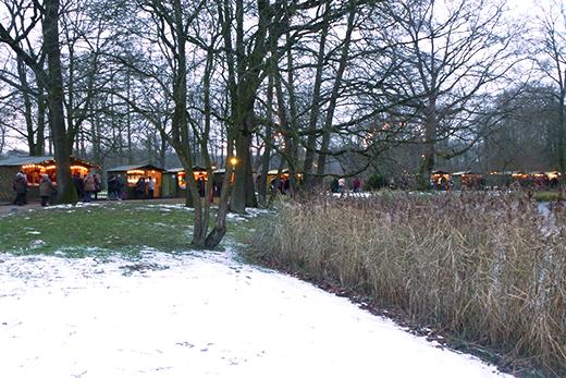 Schloss Moyland Ausflugtipp Niederrhein Weihnachten Weihnachtsmarkt Kunsthandwerkermarkt Kunsthandwerk Winter