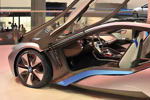 BMW i8, Mobil, hibrida Efisien Dinamis