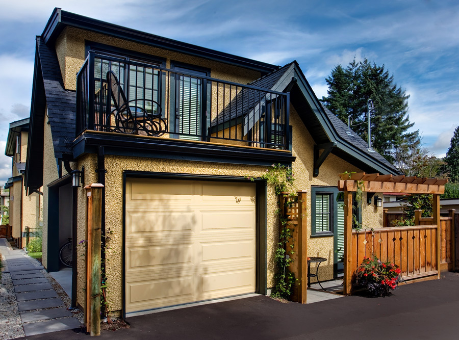 Kelowna home renovations contractor for Small house design kelowna