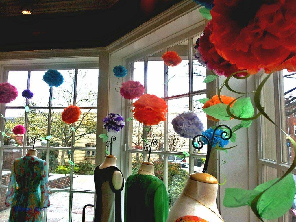 Zoe boutique springtime window decorations - Window decorations for spring ...