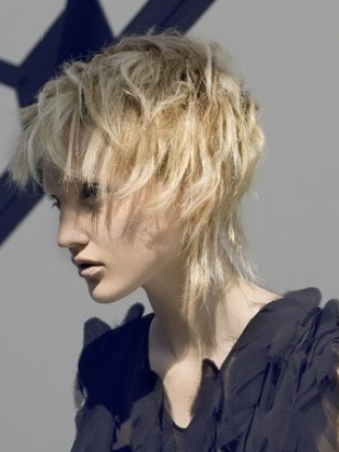 Medium-Hairstyles-With-Bangs-2012-9