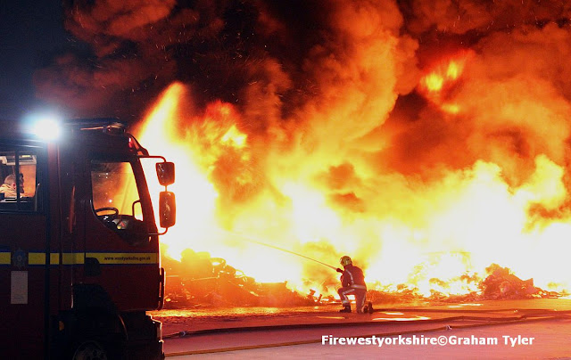 Tyre, Fire, Leeds, road, Bradford