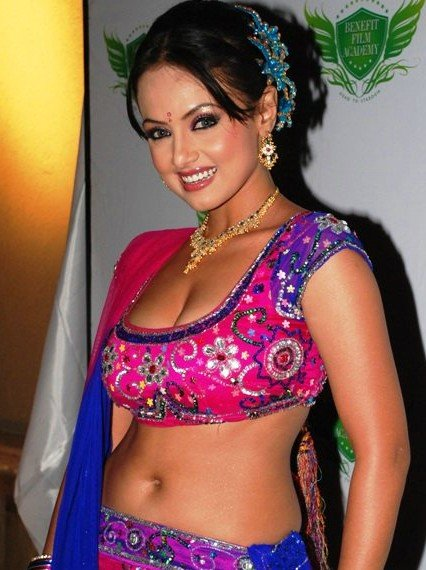 Hot Sana Khan Sexy Photoshoot Pics