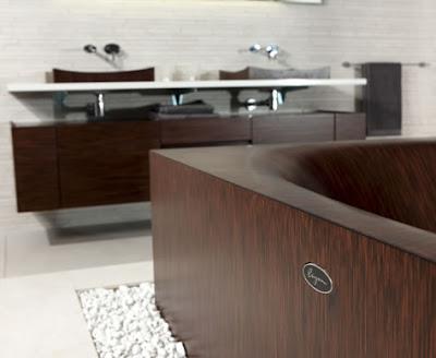 Wooden bathtub design