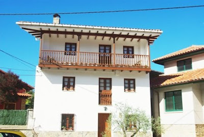 Caravia, Prado, viviendas