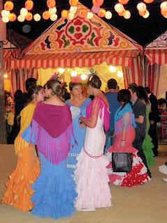 Feria de Sevilla 2011 - ... o quedamos ante la caseta