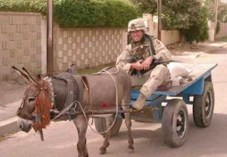 funny picture: american soldier on a donkey