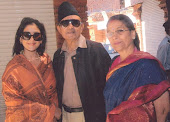 Manisha koirala with her parents