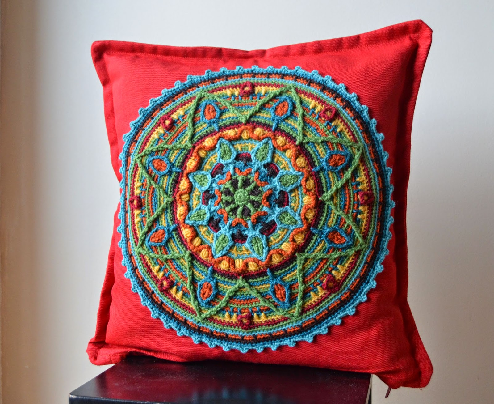 mandala-red-pillow