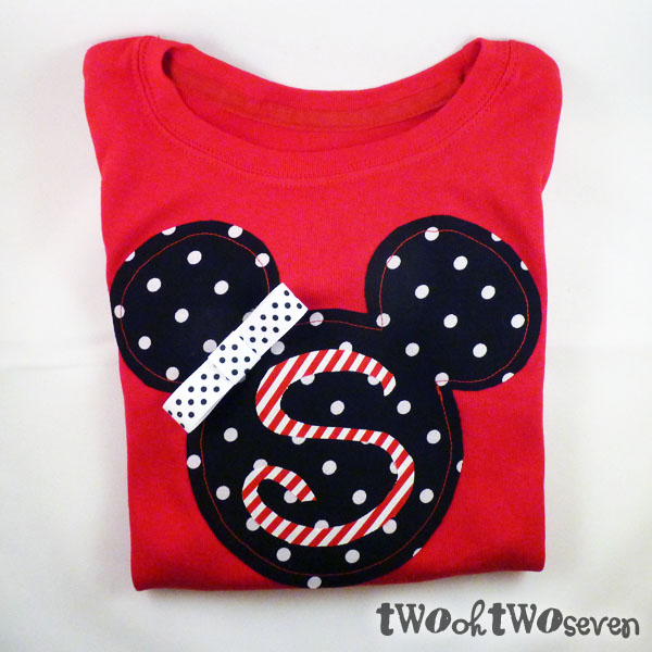 Love lake living february 2012 there you have it easy diy disney shirts this project cost me 15 for the shirts 5 for the fabric and 350 for the heat n bond solutioingenieria Gallery